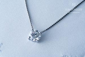 0.7ctダイヤモンドペンダント