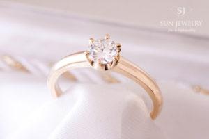 K18イエローゴールド婚約指輪