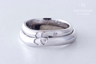 四葉のクローバー結婚指輪